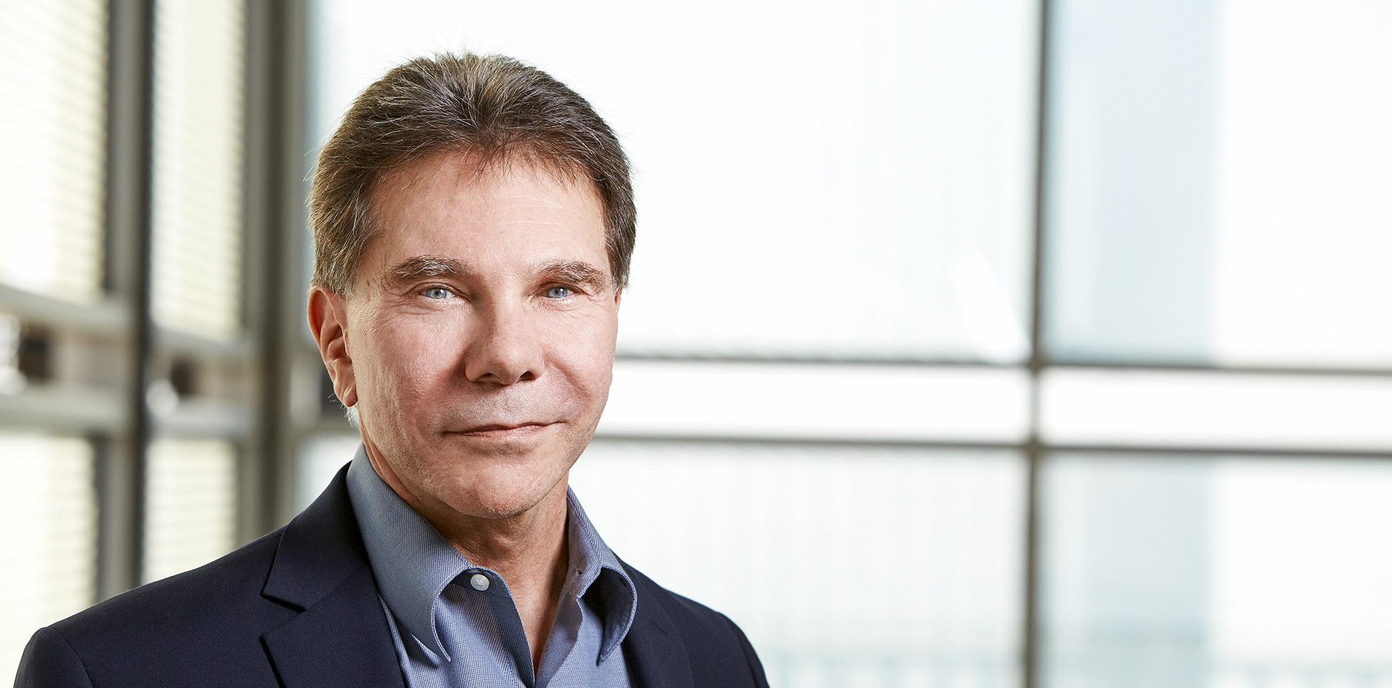 The 6 Principles of Persuasion by Robert Cialdini